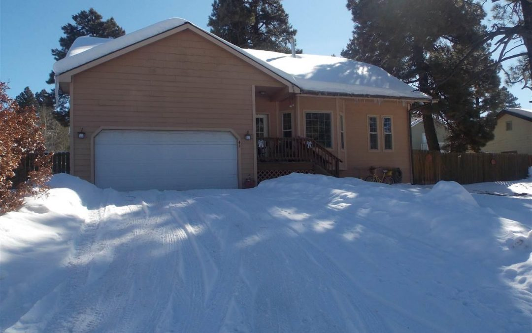 Perfectly Placed Family Home in Lake Pagosa Park – 42 Raven Court